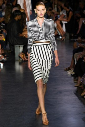 double-stripes-outfit.jpg