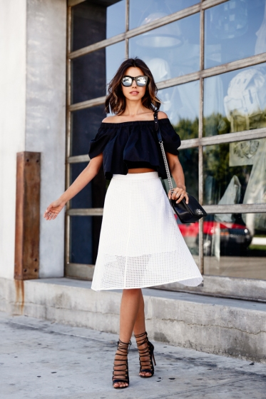 Off-The-Shoulder-Outfits-15.jpg